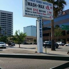 Photo taken at Sherman Oaks Car Wash by Faisal A. on 6/8/2015