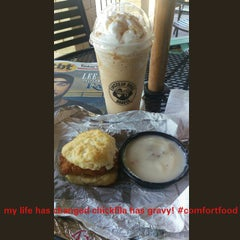 Photo taken at Einstein Bros Bagels by manny l. on 6/5/2015