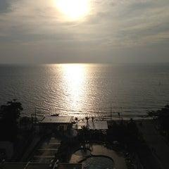 Photo taken at Sigma Resort Jomtien Pattaya by Akerath A. on 12/24/2012