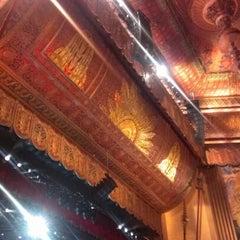 Photo taken at Beacon Theatre by Alfredo P. on 10/13/2012
