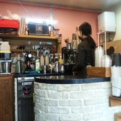 Photo taken at KingKong 커피 by Heeseon P. on 2/3/2013