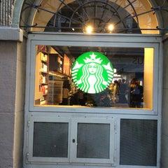 Photo taken at Starbucks by Mac S. on 12/26/2015
