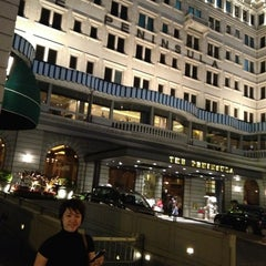 Photo taken at The Peninsula Hong Kong 香港半島酒店 by James S. on 2/5/2013