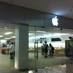 Photo taken at Apple Store, Beverly Center by Thanjira A. on 10/4/2012