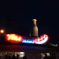 Photo taken at Voss's Bar-B-Q by Shawn S. on 5/13/2014