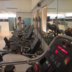 Photo taken at 비포앤애프터GYM by Ouchan S. on 2/22/2012