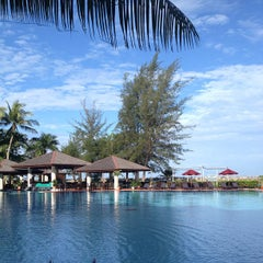 Photo taken at Miri Marriott Resort & Spa by Gia Horng L. on 3/1/2013