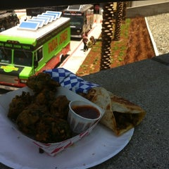Photo taken at India Jones Chow Truck by Valentino H. on 6/12/2014