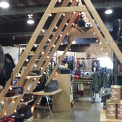 Photo taken at Urban Outfitters by Kit Cat B. on 11/23/2013