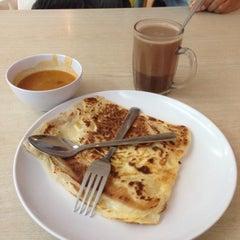Photo taken at RASA Food Arena by Nur Kuzaila K. on 7/21/2015