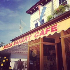 Photo taken at Beach Bakery Cafe by Tracy S. on 7/28/2013