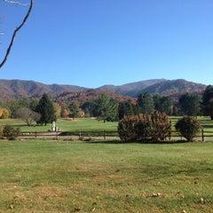 Photo taken at The Waynesville Inn Golf Resort & Spa by Gerri O. on 11/3/2013