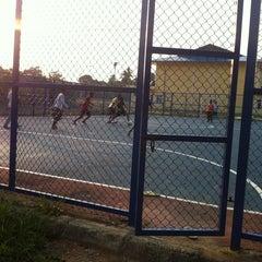 Photo taken at Gelanggang Futsal (F) Lepar Hilir 3 by ASYAUF15 on 8/16/2013