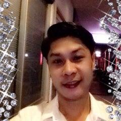 Photo taken at Paradiso Karaoke club by Khun T. on 11/18/2013