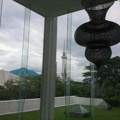 Photo taken at Muzium Kesenian Islam by Mohd Fikri S. on 11/30/2013