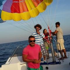 Photo taken at Marina Club | کلوپ ساحلی کیش by KubiLay E. on 3/18/2014