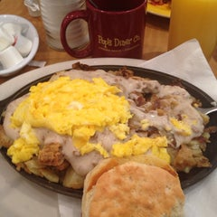 Photo taken at Pop's Diner Co. by Alexis W. on 12/28/2013
