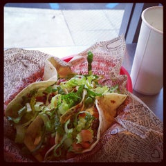 Photo taken at Chipotle Mexican Grill by Alan B. on 4/5/2013