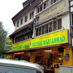 Photo taken at Restoran Maju Ahmad by Sonny Oh on 5/14/2013