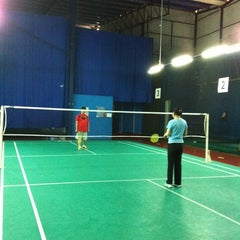 Photo taken at Challenger Sport Center by Gabrielle K. on 11/3/2012