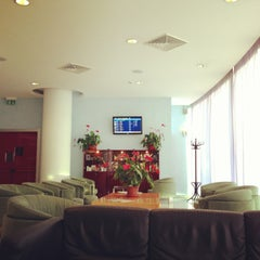 Photo taken at BLQ Marconi Business Lounge by Amenic46 on 12/29/2012