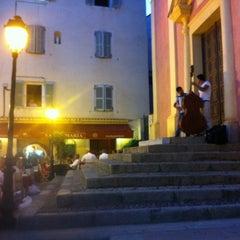 Photo taken at Santa Maria Restaurant by David V. on 8/3/2012