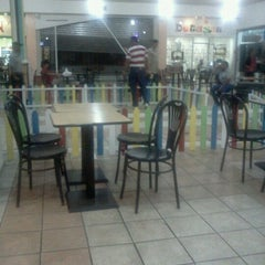 Photo taken at Diamond Mall by pid p. on 6/22/2012