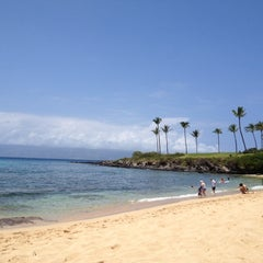 Photo taken at Kapalua Bay Beach by Rachelle B. on 4/13/2012