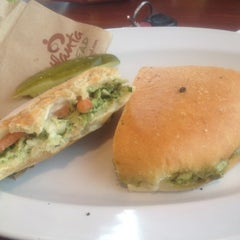 Photo taken at Atlanta Bread Company by Ilivlyfe on 9/5/2012
