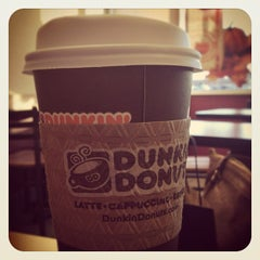 Photo taken at Dunkin' Donuts by Alyona K. on 9/11/2012