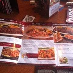 Photo taken at TGI Fridays by Sean H. on 7/13/2012
