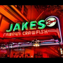 Photo taken at Jake's Famous Crawfish by Gregg J. on 5/12/2012