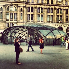 Photo taken at Gare SNCF de Paris Saint-Lazare by Aitor M. on 8/27/2012