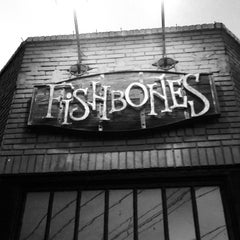 Photo taken at Fishbones by Jennie A. on 4/13/2014