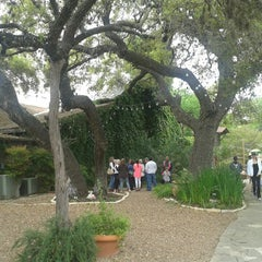 Photo taken at Gruene River Grill by Juanma C. on 4/5/2015