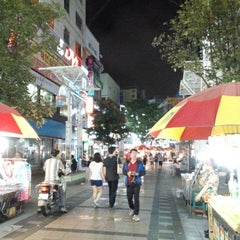 Photo taken at BIFF 광장 (BIFF Square) by Paul C. on 7/13/2013
