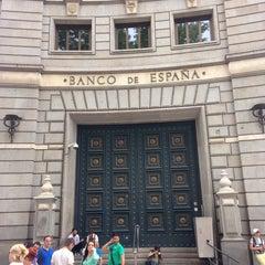 Photo taken at Banco de España by Aztek♻️ on 6/12/2014