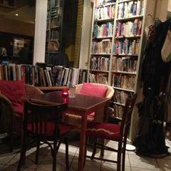 Photo taken at Goldmund Literaturcafe by Emoş A. on 3/26/2015