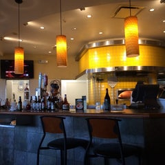 Photo taken at California Pizza Kitchen by Harold A. on 9/1/2014
