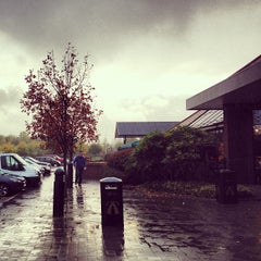 Photo taken at Baldock Motorway Services (Extra) by Denis N. on 10/26/2013