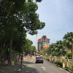 Photo taken at Pejabat Setiausaha Kerajaan (SUK) Negeri Kelantan by Wan T. on 8/19/2015