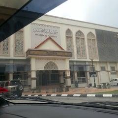 Photo taken at Masjid Al Najihin (مسجد الناجيهين) by hafizul a. on 3/24/2013