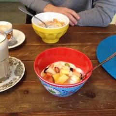Das Foto wurde bei Yummy! Müslibar von Bianca V. am 11/2/2013 aufgenommen