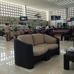 Photo taken at Salón Premier Aeromexico by Jorge O. on 12/8/2012