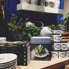 Photo taken at Anthropologie by Harmony A. on 9/27/2012