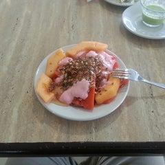 Photo taken at Restaurante Mariaeugenia by Felipe H. on 5/18/2014