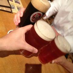 Photo taken at Baird Beer 中目黒タップルーム Nakameguro Taproom by Dek O. on 7/9/2013