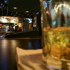 Photo taken at Tonic Bar and Lounge by Rezfilmbuff on 12/5/2015
