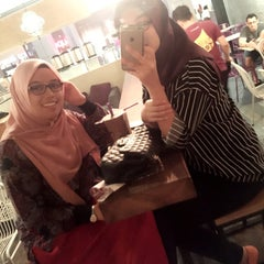 Photo taken at Chatime by Bella Radzi on 7/30/2015
