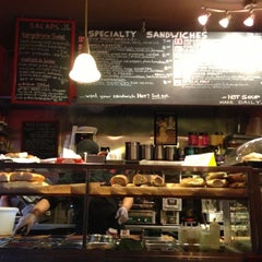 Photo taken at Sanpanino by Reuter .. on 11/26/2012
